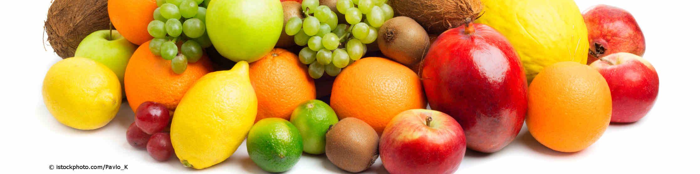 Zitronen, Limetten, Kiwi, Trauben, Äpfel und Apfelsinen stecken voller Vitamine.
